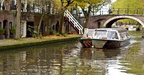 """""""Gidelim, gezelim, görelim tamam da masraflı işler bunlar"""" diyenler için I amsterdam City Card'ın Amsterdam gezinizde size sunacağı kolaylıkları sıraladık. http://bit.ly/VBWnSF"""