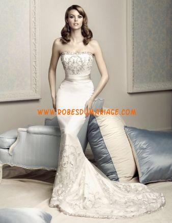 Simone Carvalli sans bretelle robe de mariée sirène ornée de broderie satin