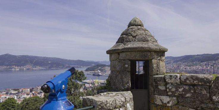 Visita al Monte do Castro en Vigo.