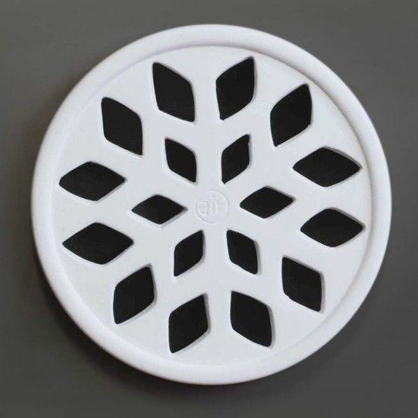 #Snow #griglia #areazione in #gres #ceramica #design  Durevole nel tempo Facile da pulire Semplice da installare Permette una riduzione dell'umidità Consente un maggior isolamento acustico Passaggi a norma ISO 5219 – UNI 8728 – UNI CIG 7129. #grigliedecorative #AirDecor www.fuoridesign.it #fuoridesign