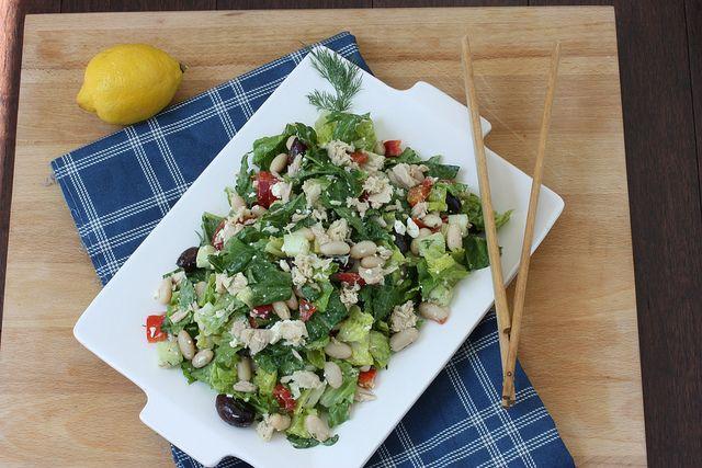 Pour un pique-nique 100% breton, je vous propose une salade au thon & cocos paimpolais ! http://www.aperibreizh.fr/buffet-froid/pique-nique-breton.html