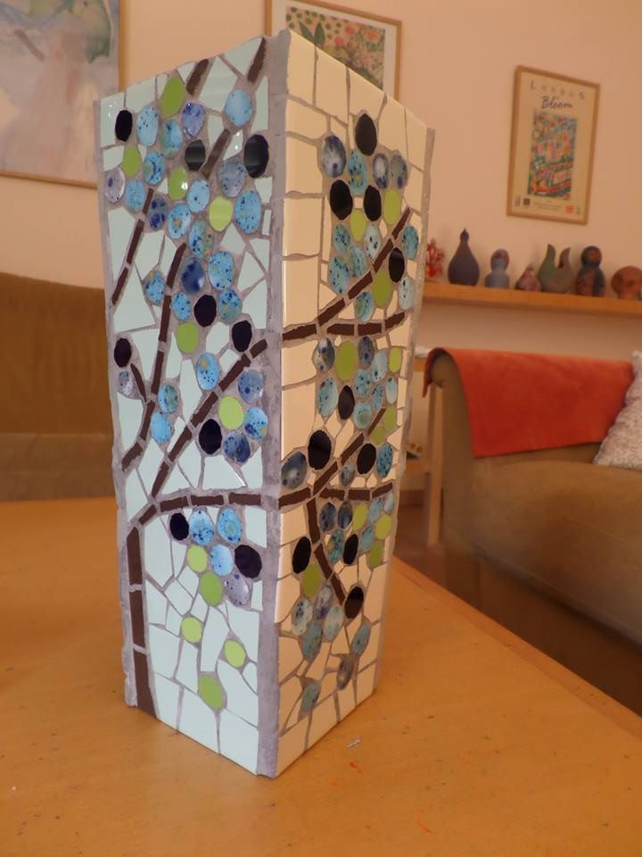Mosaic vase - side no 4