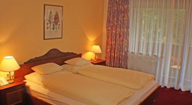 Hotel Mooserkreuz - 3 Star #Hotel - $100 - #Hotels #Austria #SanktAntonamArlberg http://www.justigo.club/hotels/austria/sankt-anton-am-arlberg/mooserkreuz_44456.html