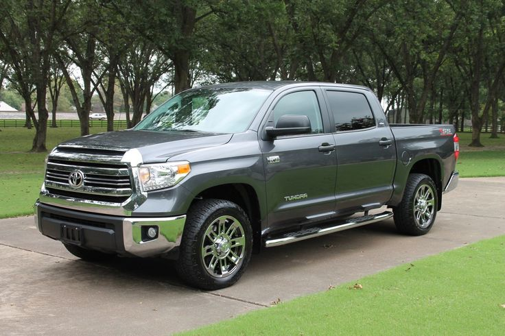 """Nice Great 2016 Toyota Tundra SR5 Crew Max 4WD One Owner Perfect Carfax Custom Chrome 20"""" Wheels Spray in Bedliner 2018 Check more at http://24auto.tk/toyota/great-2016-toyota-tundra-sr5-crew-max-4wd-one-owner-perfect-carfax-custom-chrome-20-wheels-spray-in-bedliner-2018/"""