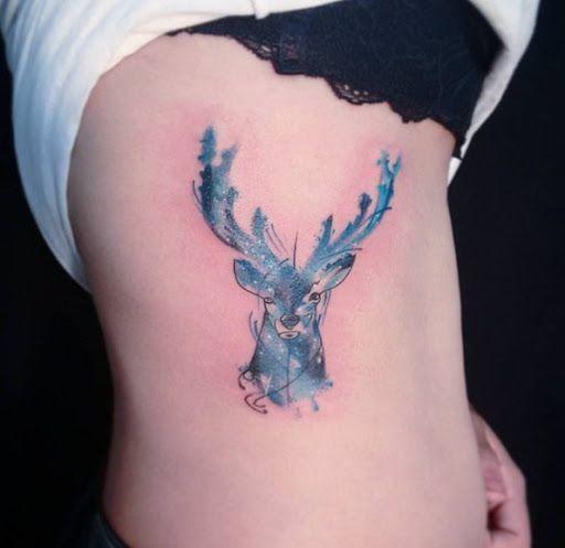 Esta estrela cravejado de veado http://tatuagens247.blogspot.com/2016/08/bela-tinta-azul-desenhos-de-tatuagem.html