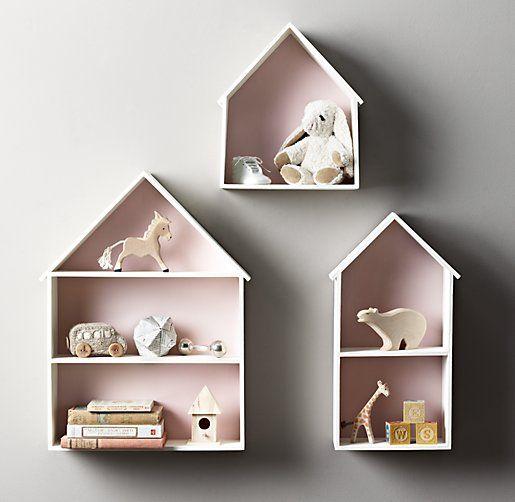 Deze letterbak in de vorm van een huisje is natuurlijk niet echt een letterbak zoals wij die kennen maar de functie is eigenlijk soortgelijk. Een leuke plek voor je verzamelingen.