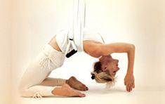 Suspension Yoga ™ Učitelství pro učitele;  Long Island, NY 3. - 6. srpna Bearfoot jóga a wellness