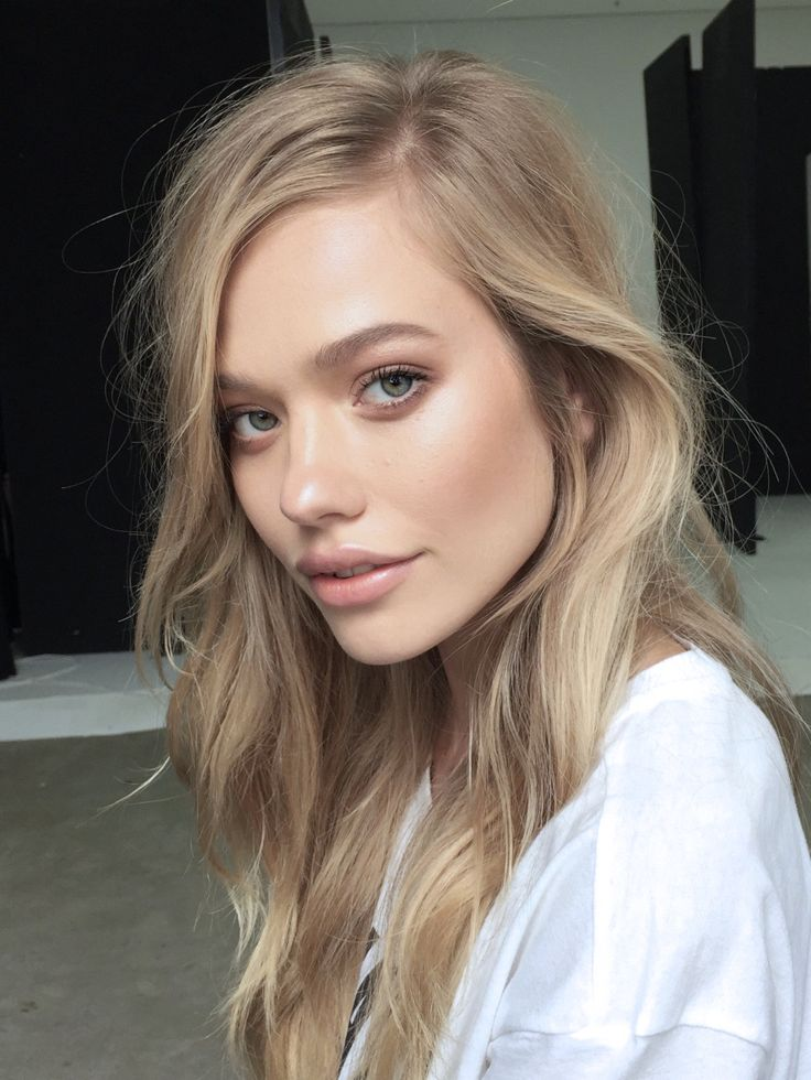 This shade is our most popular Hair Colour right now!