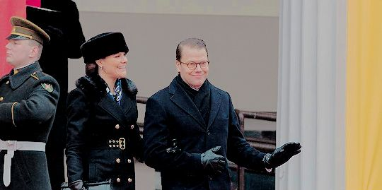 Crown Princess Victoria & Prince Daniel are in Vilnius, Lithuania, to attend the celebrations of the Centennial of the Restoration of the State of Lithuania. The attended a flag raising ceremony at President Palace and then a Catholic mass in Vilnius Cathedral.    February 16th, 2018