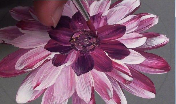 Dalhia - Tutoriel One stroke et coup de pinceau : peindre des fleurs () - Femme2decoTV
