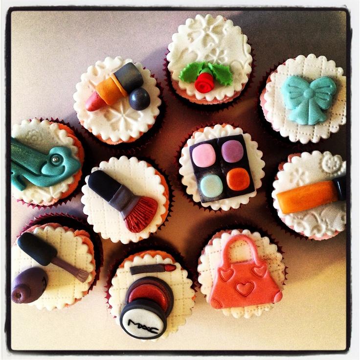 8 Best Lipstick Cakes Images On Pinterest