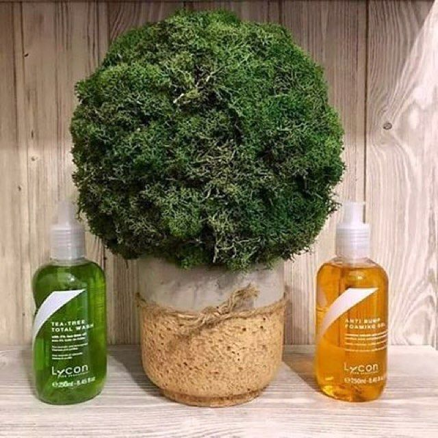 Tranquil vibes on a Friday with LYCON Tea-Tree Total Wash and Anti-Bump Foaming Gel @elle_salon via @latermedia
