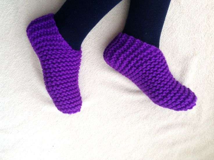 Knitting Shoes Tutorial : Toe up slippers tutorial loom knitting