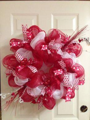 Best 25+ Valentine wreath ideas