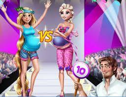 Elsa e Rapunzel estão grávidas e competindo para ganhar o concurso de moda. Você irá ajudar as princesas criando looks fabulosos para a competição.  No final veja quem a grávida mais bela.