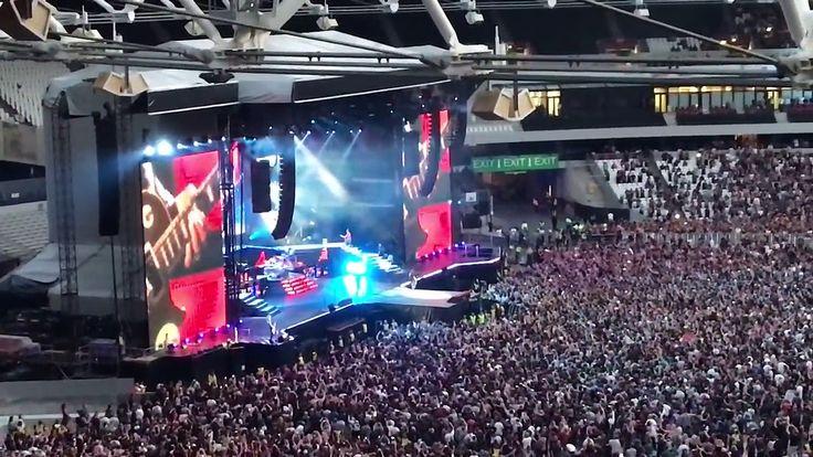 Sweet Child O Mine konser Guns N Roses di Inggris