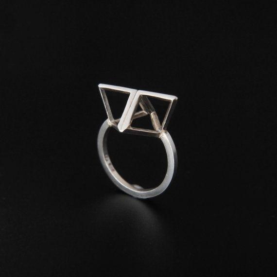Split Formation ring. sterling silver. www.aimeesutanto.com
