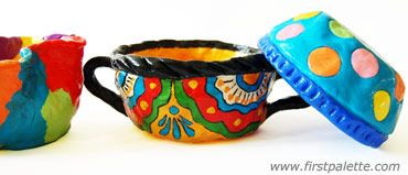 First Pallette: Mexican Independence Day - Pinch pots craft. Decorate with beads instead of painting.