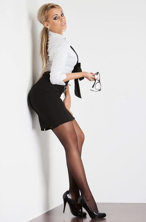 Much Young tight skirt models pantyhose watching