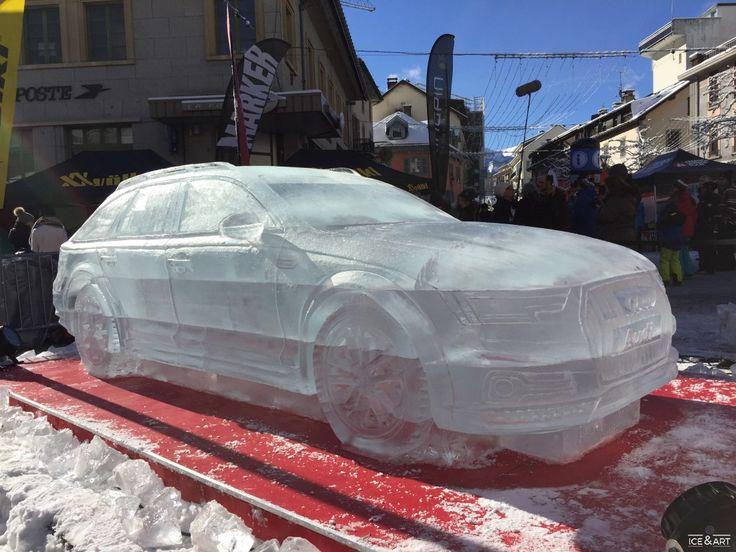 Réalisation spectaculaires d'une sculpture sur glace