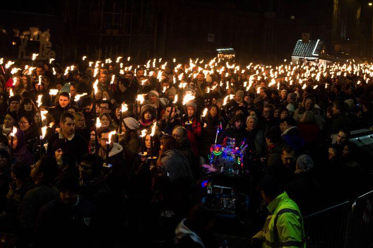 edinburgh torchlight procession-21