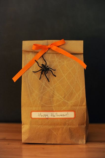 halloween treat bag for teachers have kids scribble a spiderweb on the front with a - Halloween Gifts Kids
