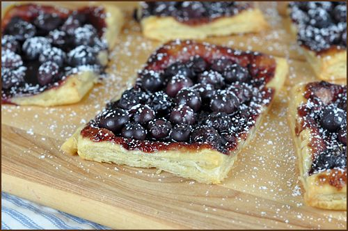 An easy, light, and delicious 4-ingredient treat, perfect for a Sunday brunch.