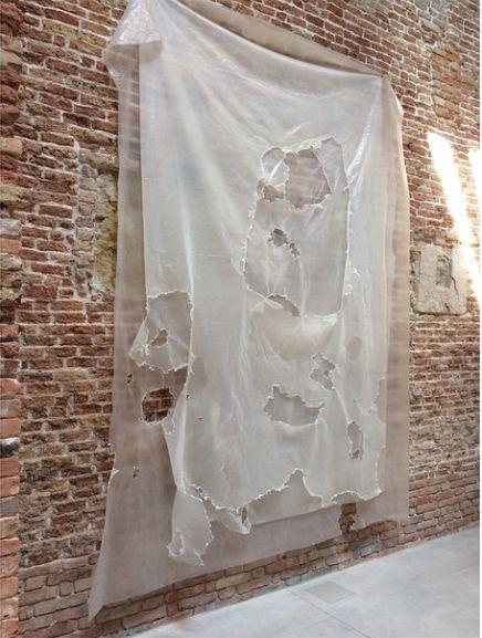 DavidHammons in 'Slip of the Tongue' at Palazzo Grassi  Venice, Punta della Dogana April 12 - December 31, 2015  Francois Pinault Collection - whitecubeofficial instagram