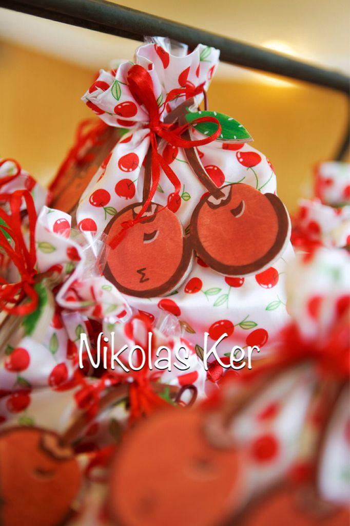 Ξύλινα κερασάκια-Παιδική Μπομπονιερα με μονόγραμμα Σ. #baptism#girl#favors#baby#cherries www.nikolas-ker.gr