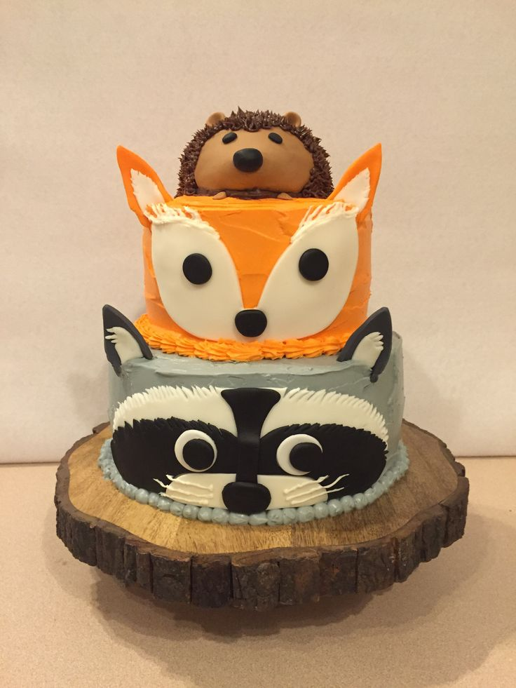 My version of a tiered woodland creature cake!