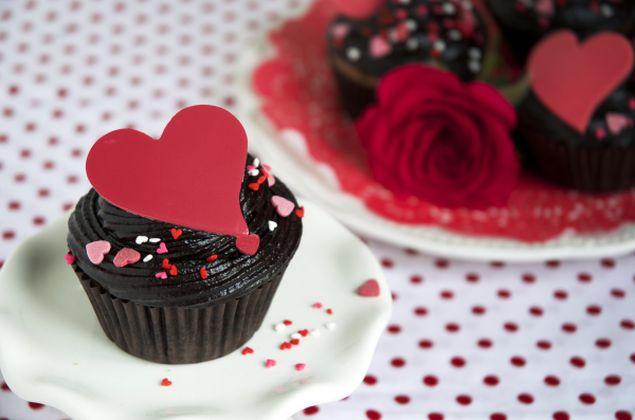 #Valentijn #choco #cupcakes  Verrassing voor #Valentijnsdag.