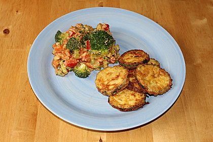 Panierte Zucchini und Gemüse-Kokos-Erdnuss-Pfanne, ein beliebtes Rezept aus der Kategorie Vegetarisch. Bewertungen: 4. Durchschnitt: Ø 3,5.