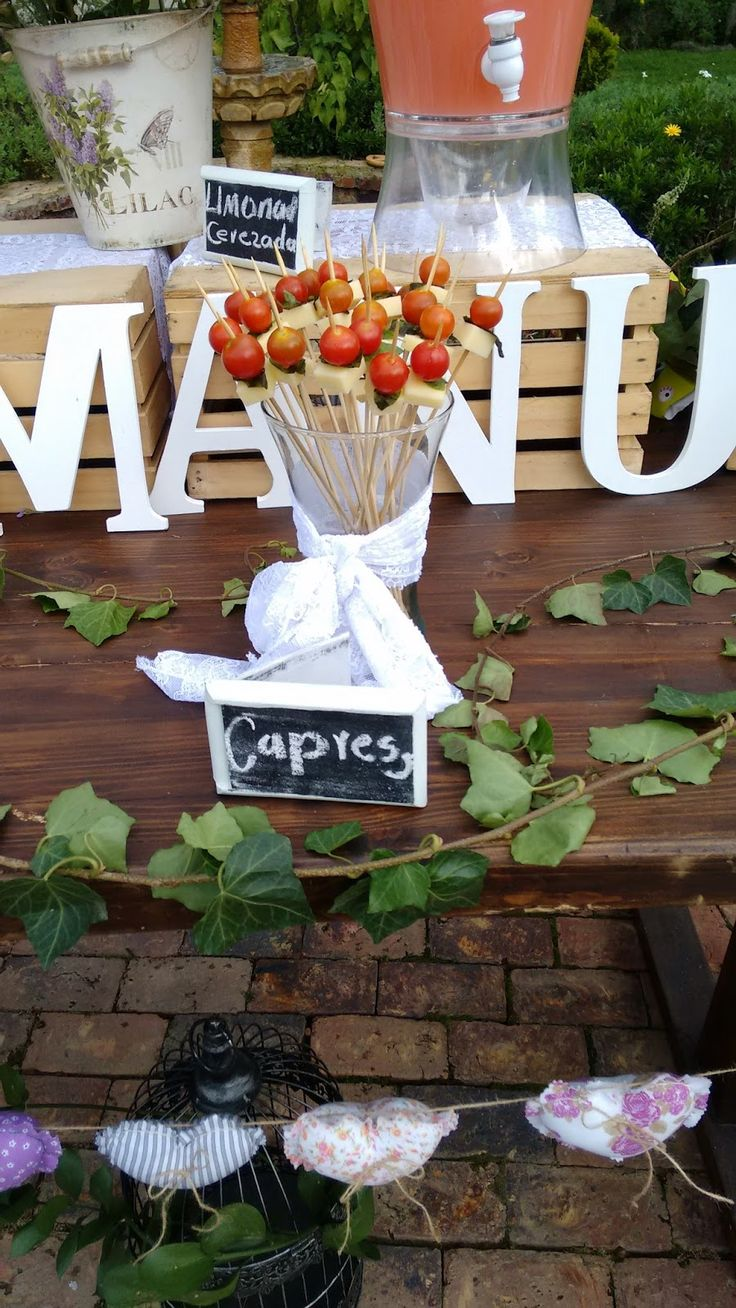 Events Planners By Maria Eva: JUICE TABLE