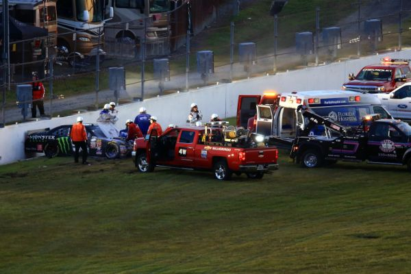 http://sports.yahoo.com/blogs/nascar-from-the-marbles/kyle-busch-hits-interior-wall-hard-near-end-of-xfinity-race-232129942.html