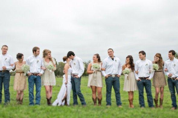 groomsmen attire for fall wedding | country groomsmen attire jeans