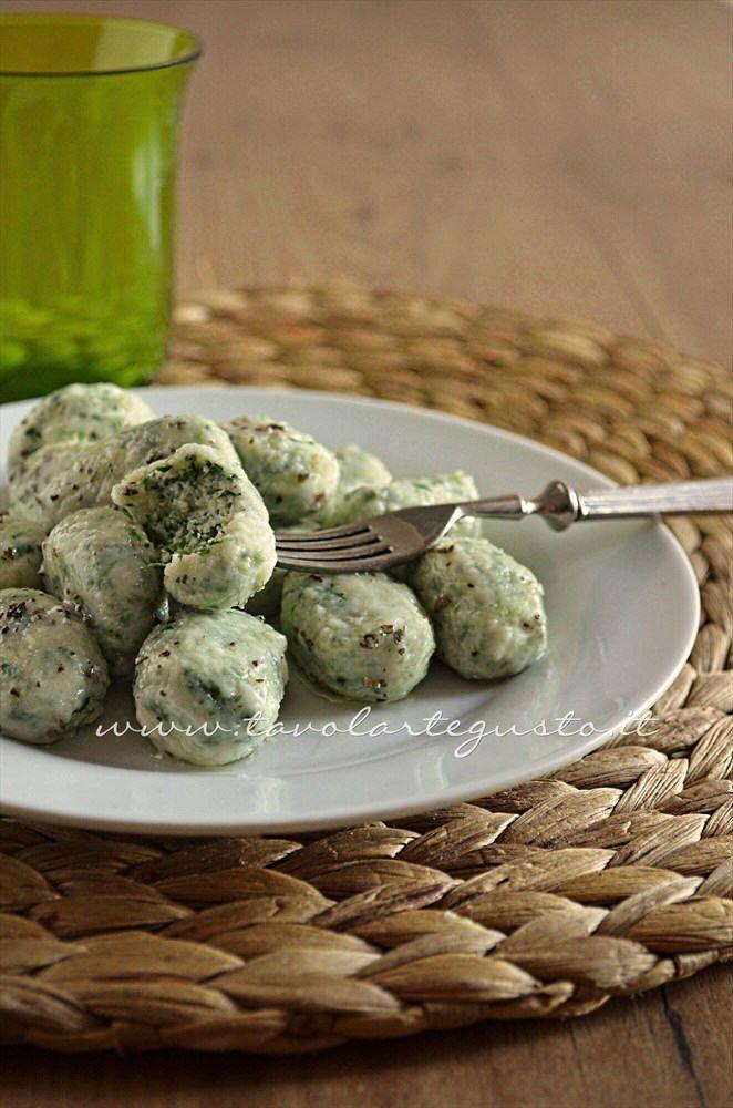 Gnocchi ricotta e spinaci