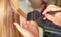 como clarear o cabelo com mel