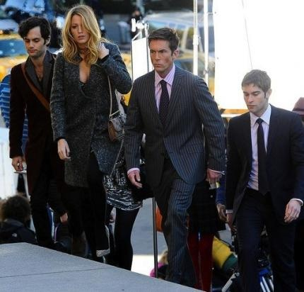 Gossip Girl Series Finale Set Pics: Where is Chuck? Is it possible Ed Westwick's character dies? Or we're led to believe that he might have?    Not so fast. Other witnesses claim a scene was filmed at The Empire rooftop involving Chuck, Blair and Bart, with a body falling off the roof - most likely Bart's. Do we know if this rumor is at all valid?