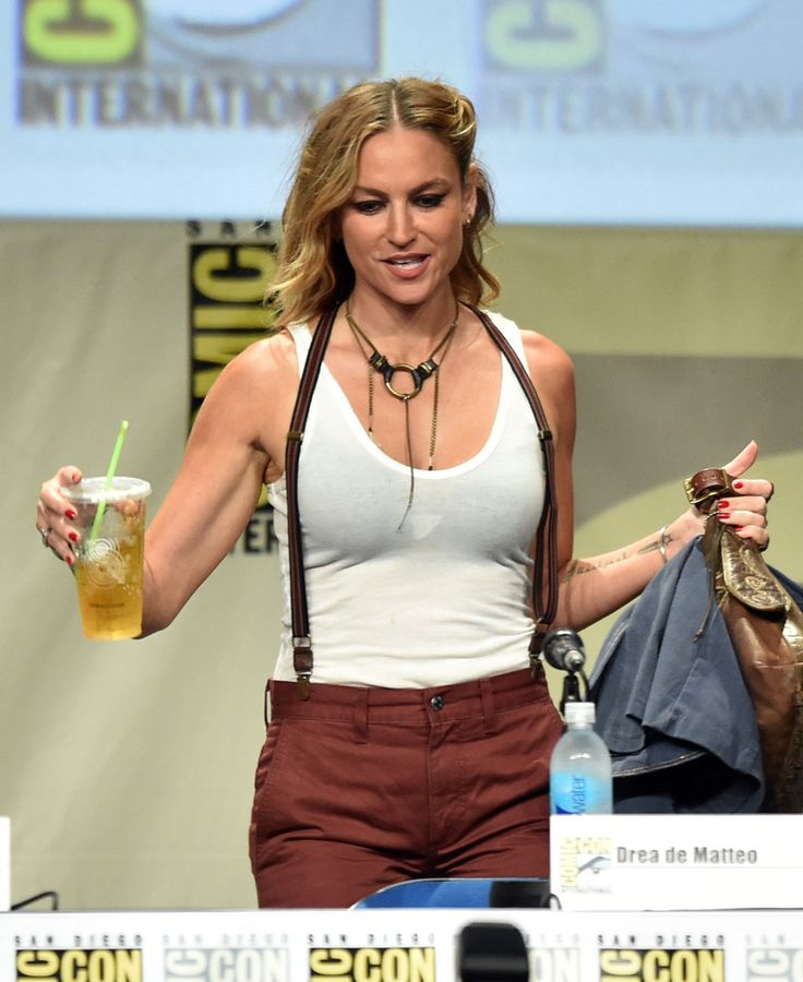 Drea de Matteo supported her Sopranos death - Daily Dish