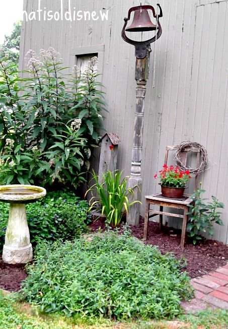 What S Old Is New Creating Country Gardens With Rustic