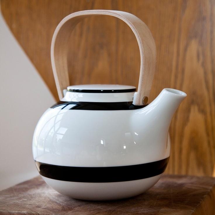 Tea pot from Kahler