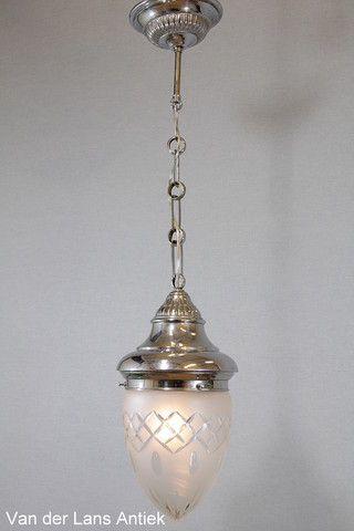 Klassieke lantaarn 26058 bij Van der Lans Antiek. Meer antieke lampen op www.lansantiek.com