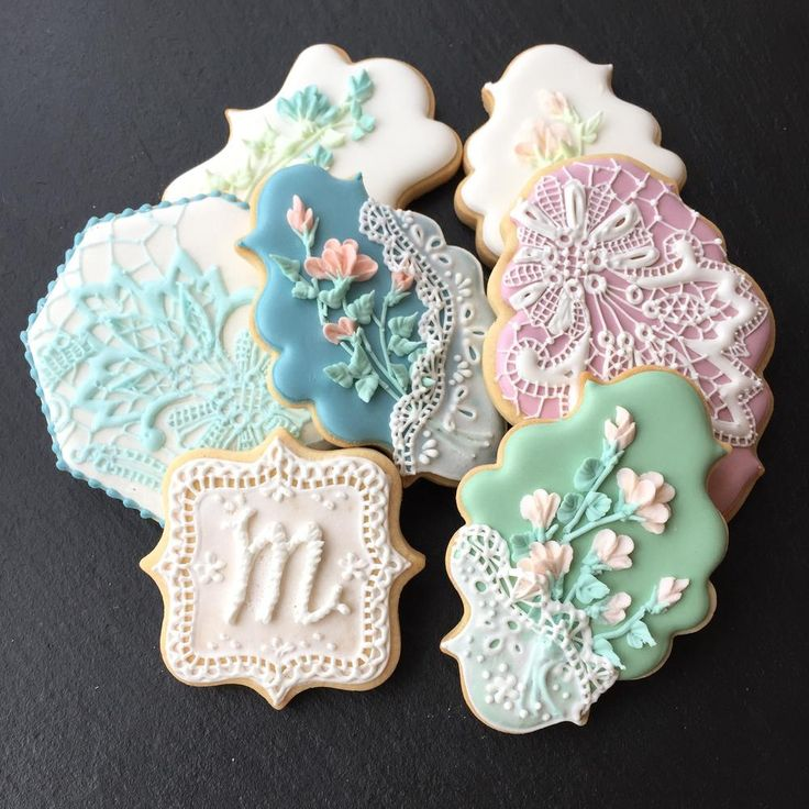 Piping Lace Cookies