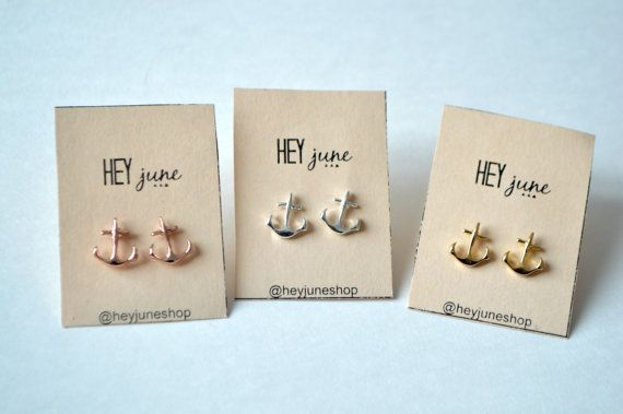 Simple stud anchor earrings in gold plated, rose gold plated, or silver plated. Perfect for every day wear and use. Earrings come with a soft rubber back so that they do not hurt your ears.  Please follow us on instagram @heyjuneshop for deals, coupons, giveaways, and behind the scenes awesomeness.