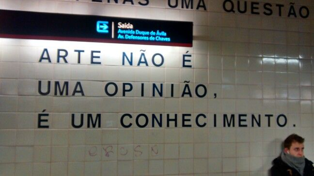 Frases/Metro. - Lisboa PT 01/2015