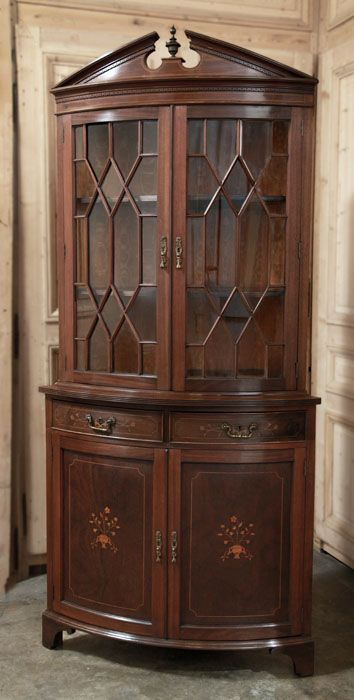 Vintage Sheraton Corner Bookcase | Antique Furniture | #antique #furniture | Inessa Stewart's Antiques