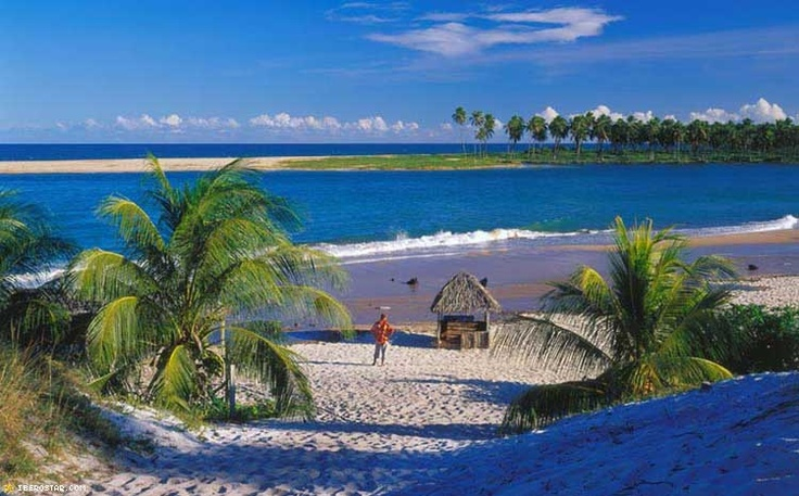 Iberostar Praia do Forte #Resort is great resort for you stay with family in #Brazil, Visit http://www.hotelurbano.com.br/resort/iberostar-praia-do-forte-resort/1123 to get best deals.