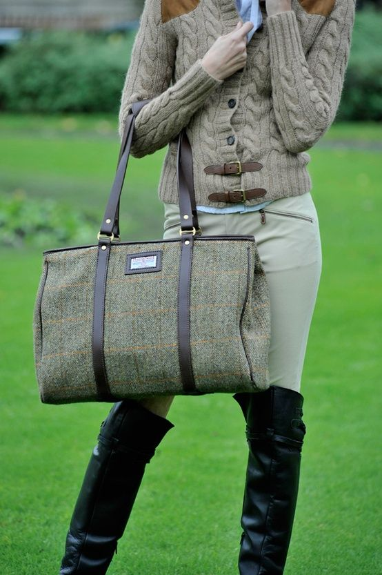 Harris Tweed bag. Yes, please. http://www.annabelchaffer.com/categories/Ladies/