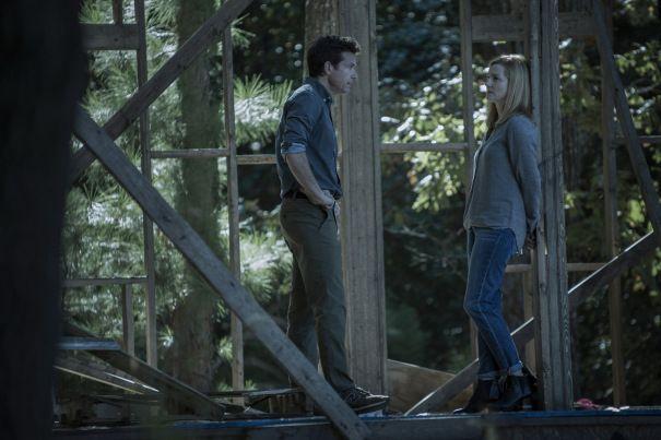 'Ozark' Teaser: New Look At Jason Bateman & Laura Linney In Netflix Drama Series
