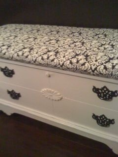 White Cedar Chest W Cushion 140 Cedar Chest Redo Hope